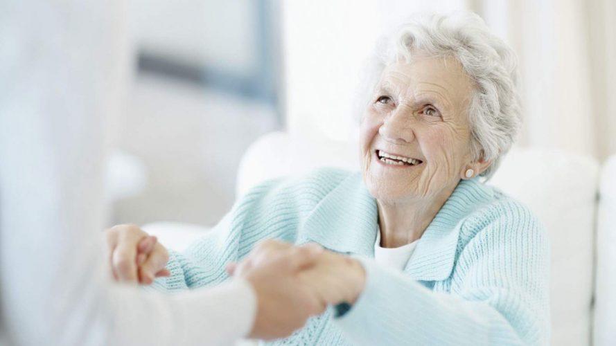 護老院以及老人院的服務模式對比